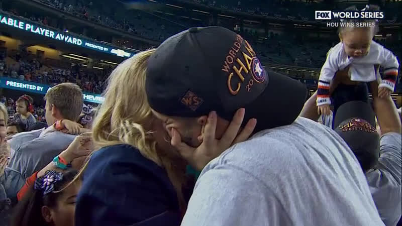 Carlos Correa proposed on live tv after astros win World Series
